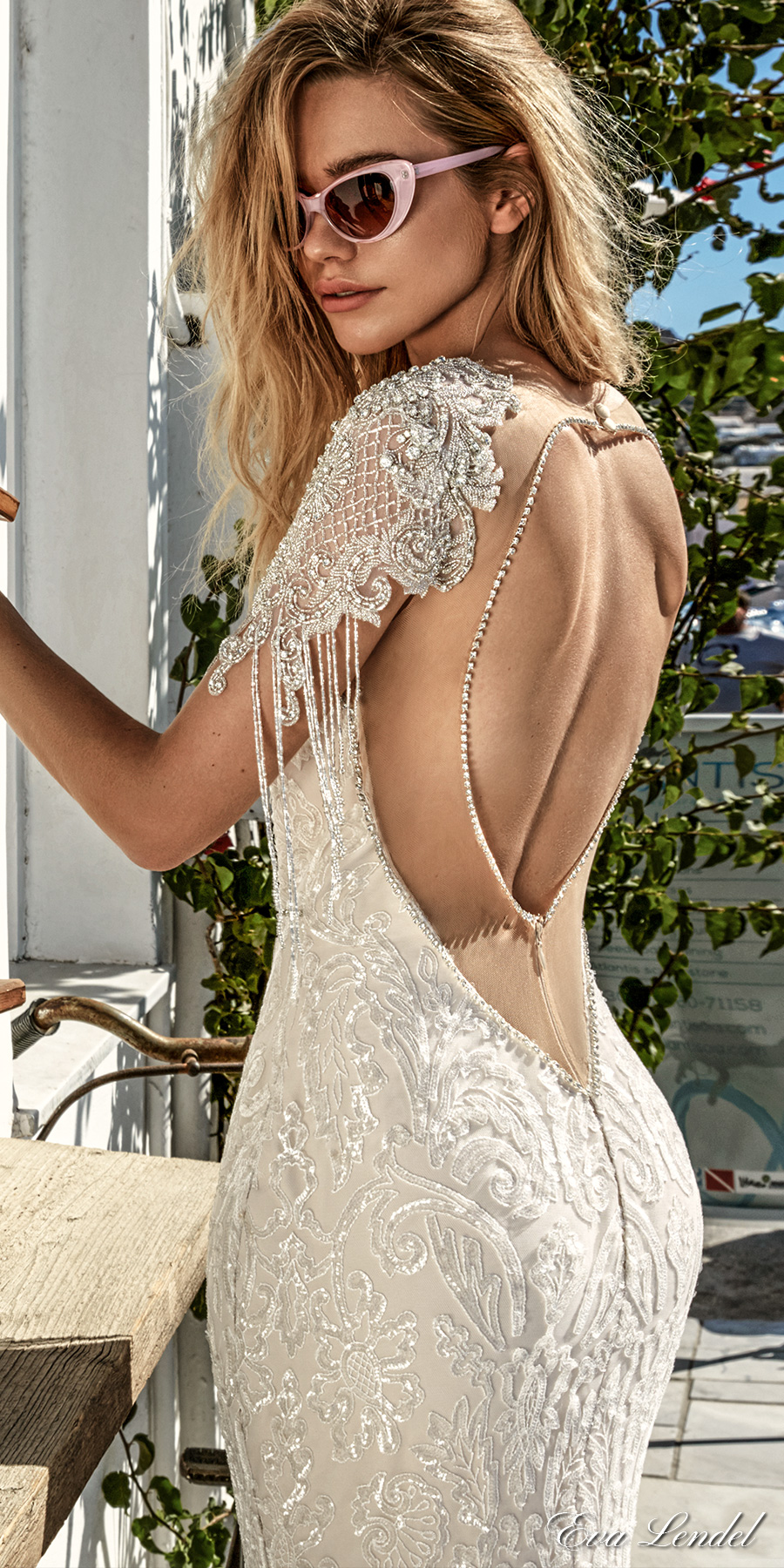 eva-lendel-2017-bridal-cape-sleeves-deep-plunging-sweetheart-necklin-full-embellishment-elegant-sexy-glamorous-fit-and-flare-sheath-wedding-dress-keyhole-back-royal-train-bler-zbv
